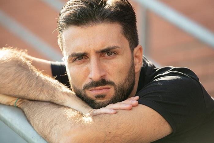 """Paco De Rosa vince il premio come migliore attore per """"Ed è subito sera"""""""