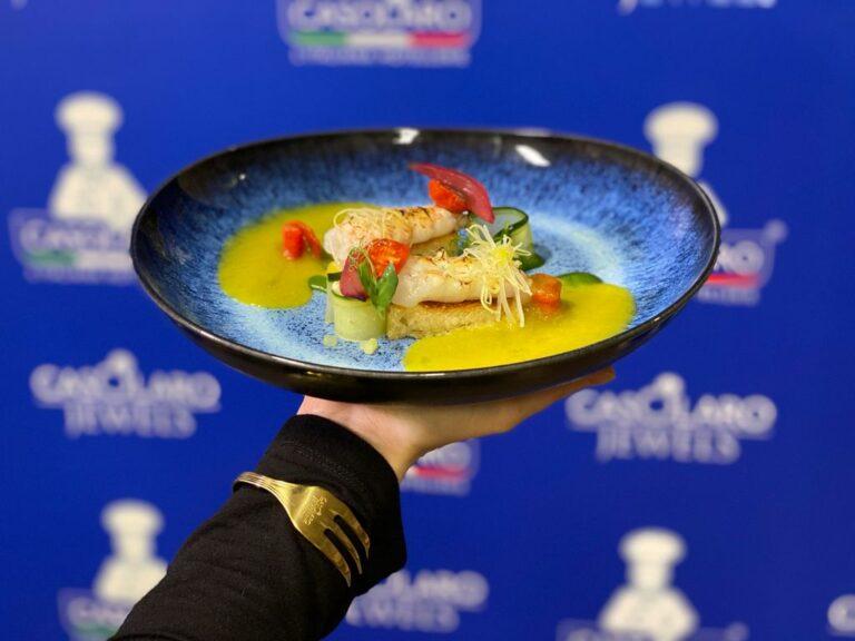 Scampi e panzanella, la tradizione toscana sposa la Campania a tavola