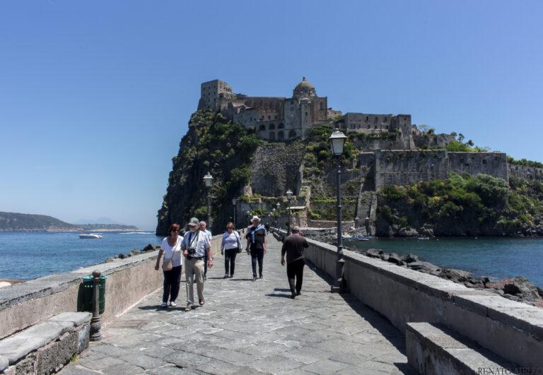 Cinema, 7 anteprime in concorso all'Ischia Film Festival 2021